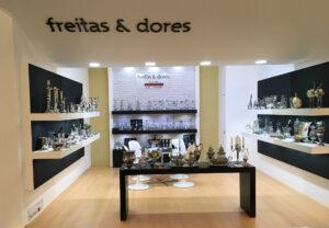 FREITAS & DORES, LDA